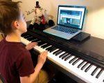 gia-su-day-dan-piano-online-giasutrithuc
